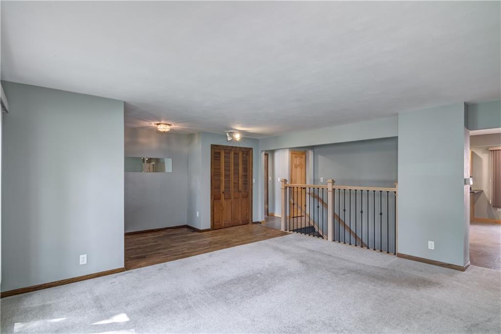1021 N Shore Drive Property Photo 7