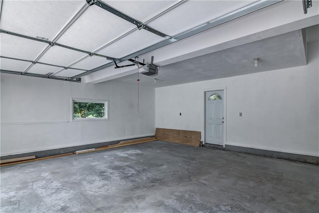 1021 N Shore Drive Property Photo 33