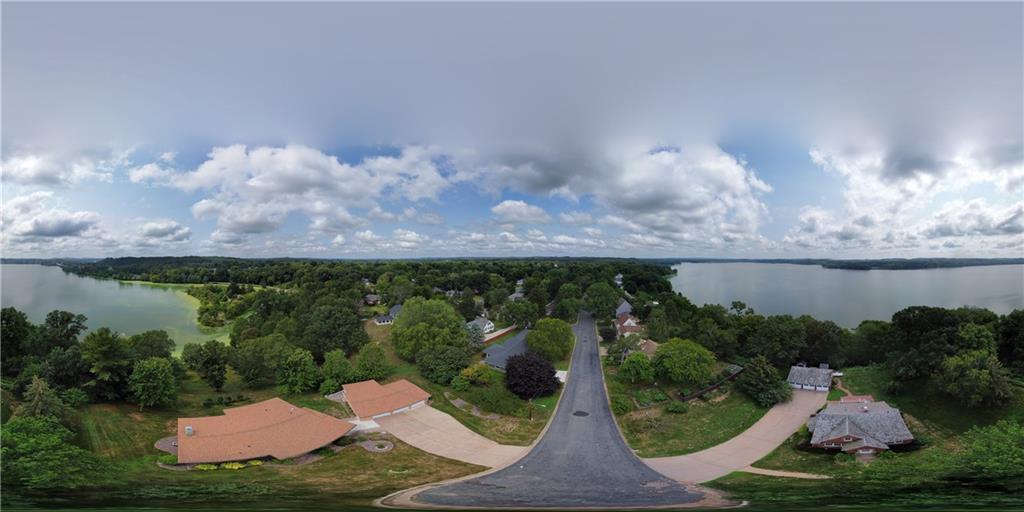 1021 N Shore Drive Property Photo 38