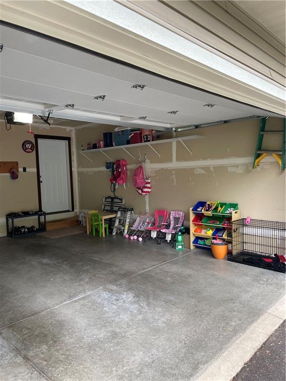 633 Club View Lane Property Photo 35
