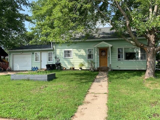 424 E Washington Street Property Photo 1