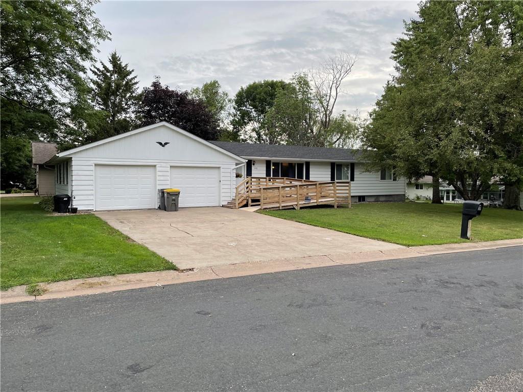 540 Birch Street Property Photo