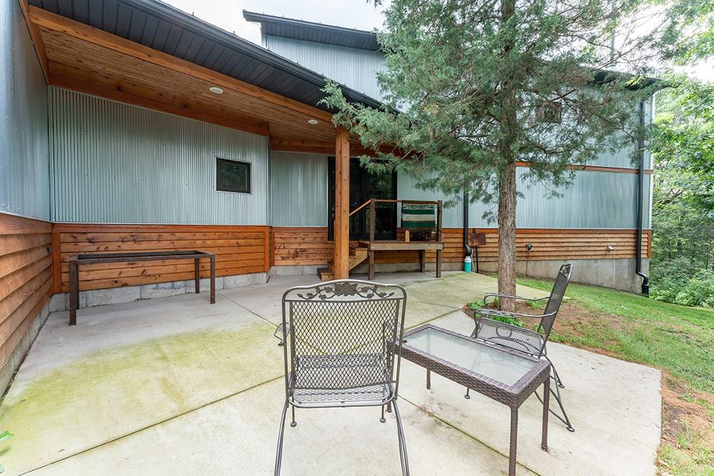 E9777 190th Street Property Photo 4