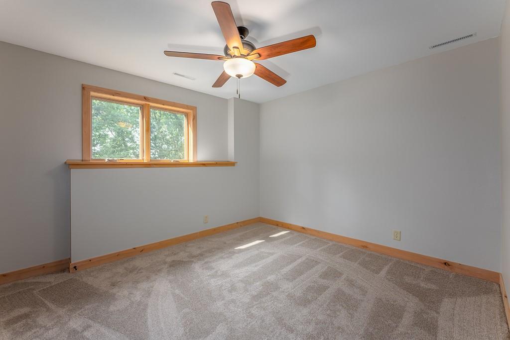 E9777 190th Street Property Photo 22