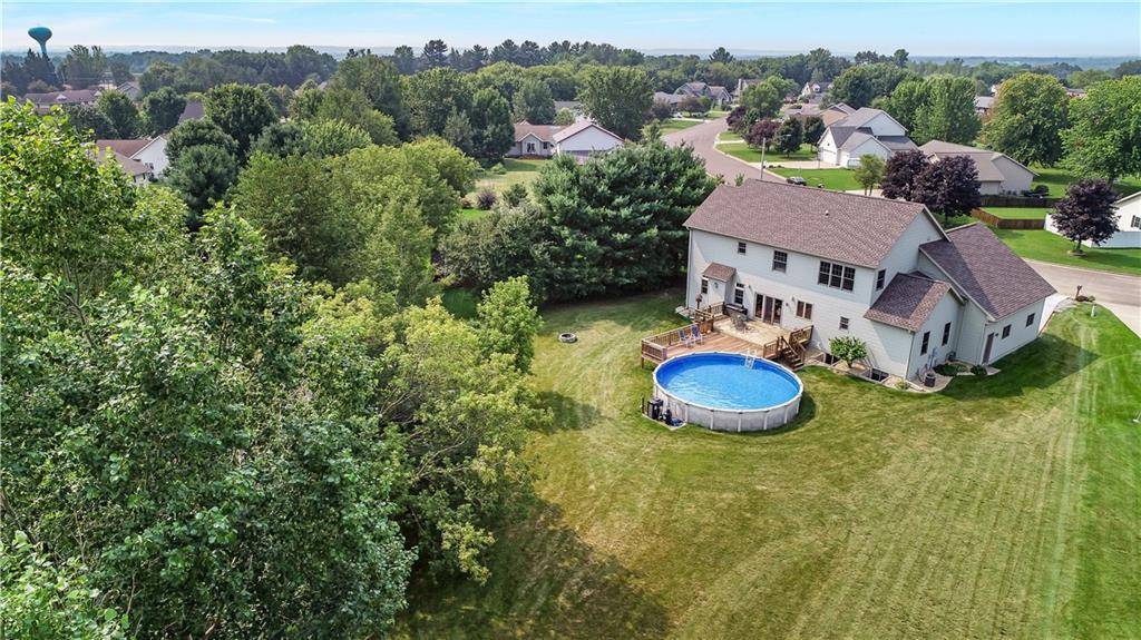 925 Bluff View Circle Property Photo 2
