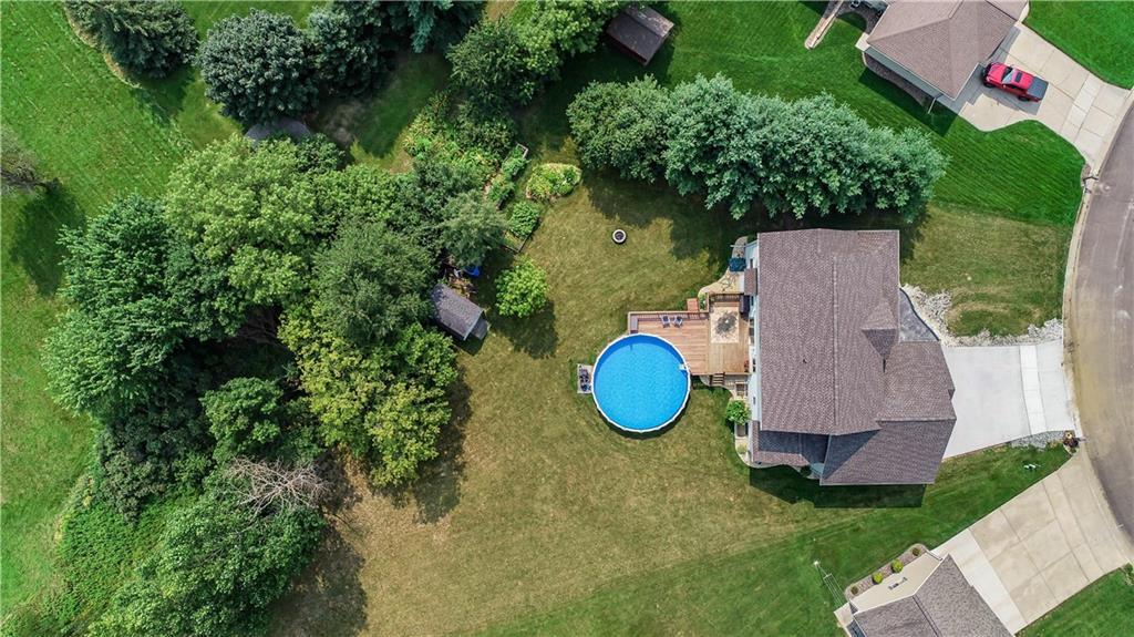 925 Bluff View Circle Property Photo 5