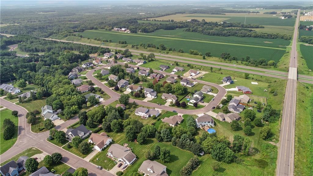 925 Bluff View Circle Property Photo 6
