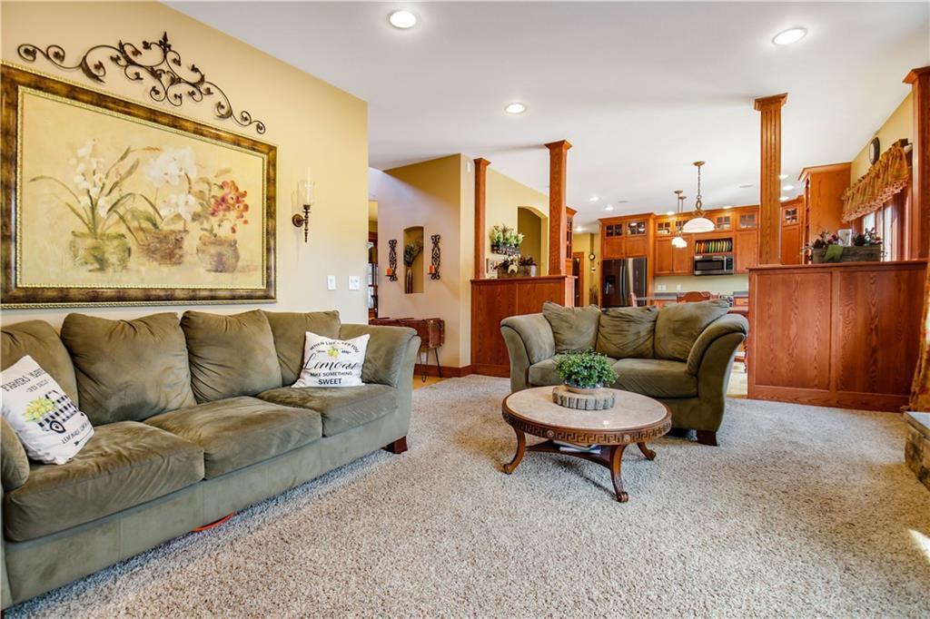 925 Bluff View Circle Property Photo 10