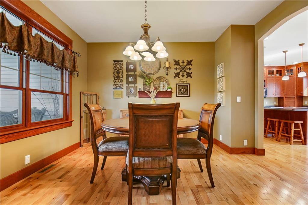925 Bluff View Circle Property Photo 16