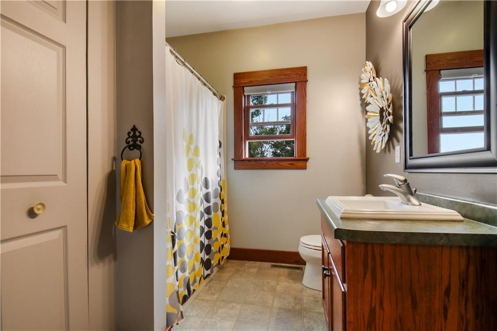 925 Bluff View Circle Property Photo 21