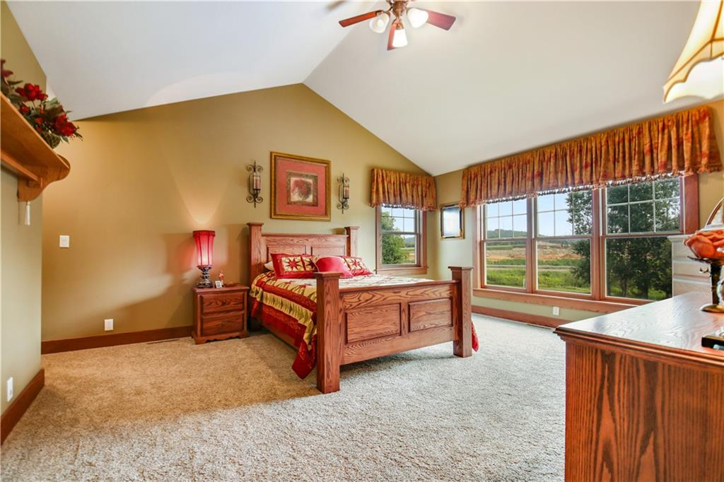 925 Bluff View Circle Property Photo 24