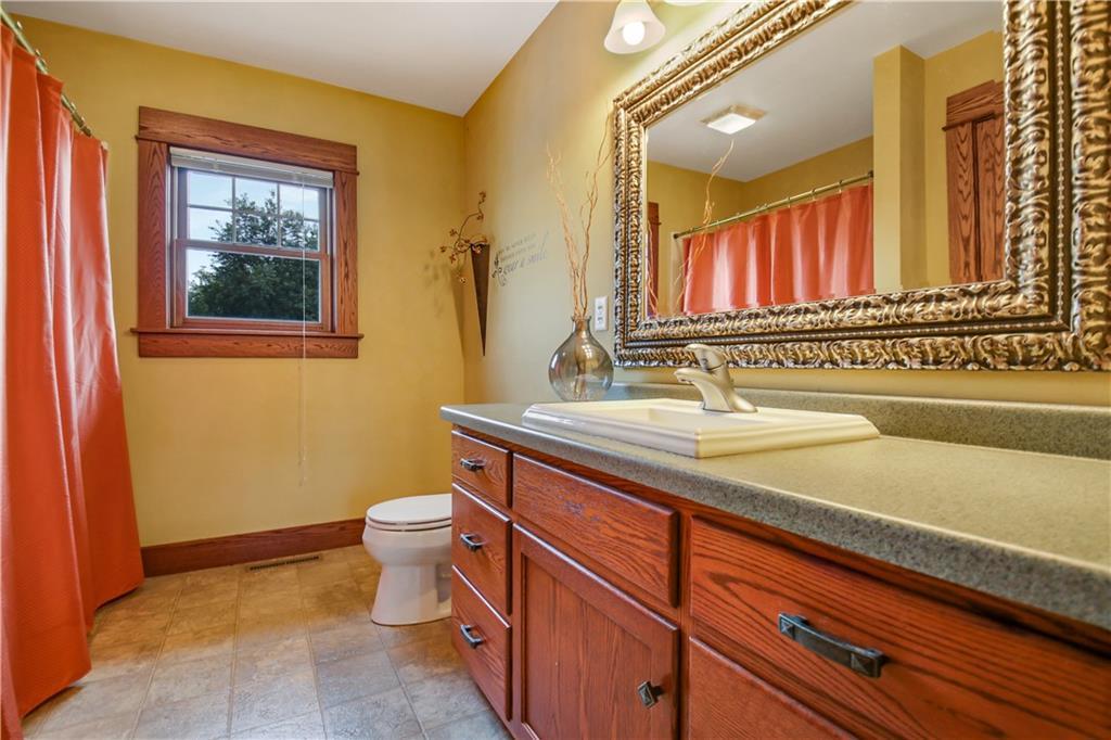 925 Bluff View Circle Property Photo 30
