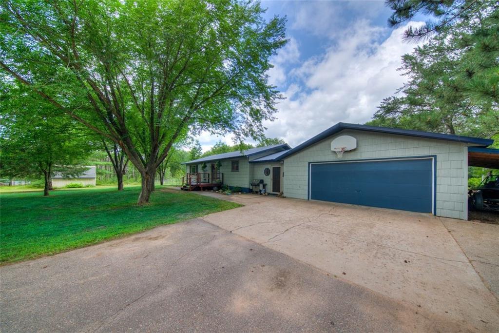 68345 Jackman Lake Road Property Photo