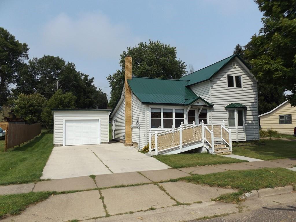 223 1st Avenue Property Photo