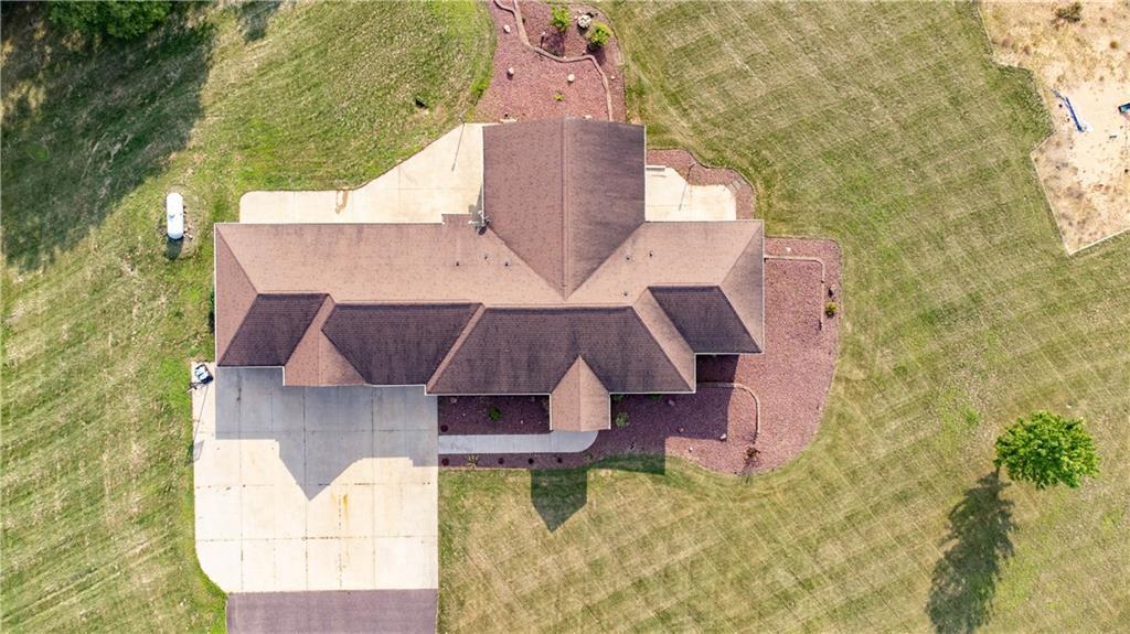 11997 County Highway B Property Photo 8