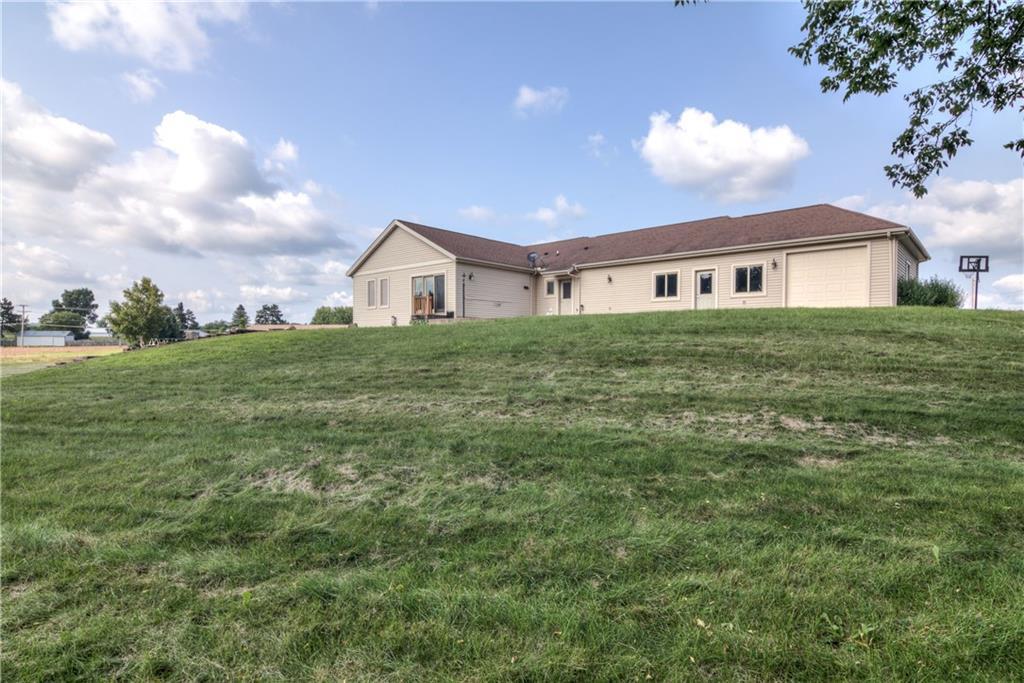 11997 County Highway B Property Photo 10