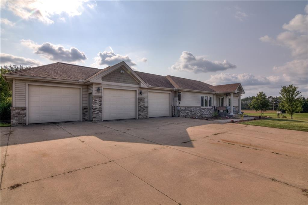 11997 County Highway B Property Photo 12