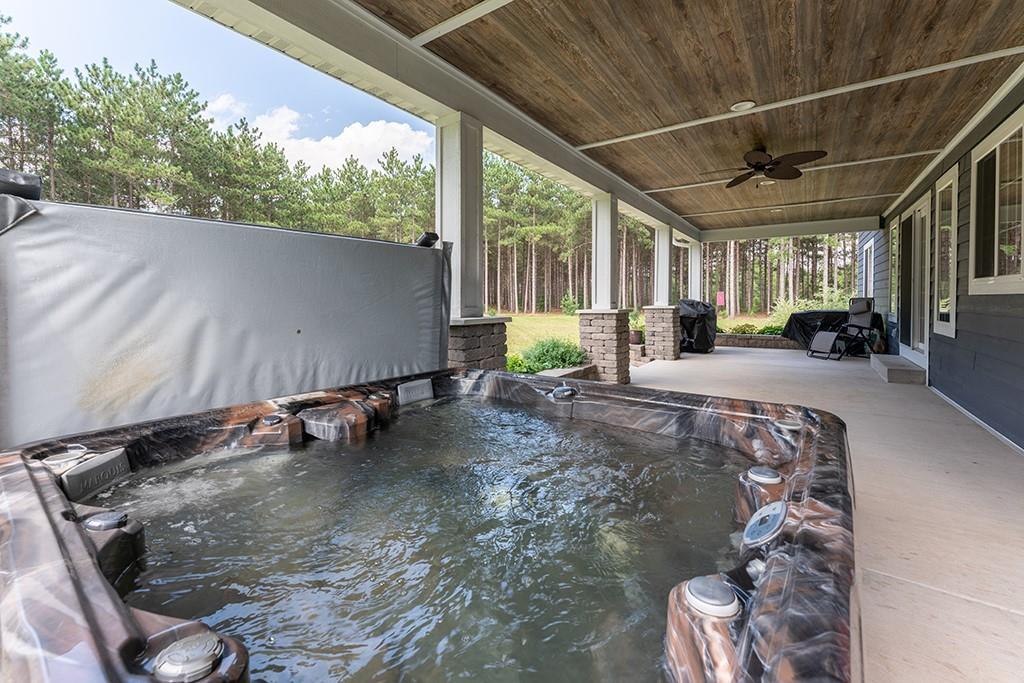 E10520 Pine Road Property Photo 4