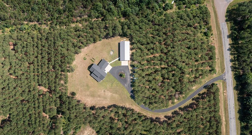 E10520 Pine Road Property Photo 9