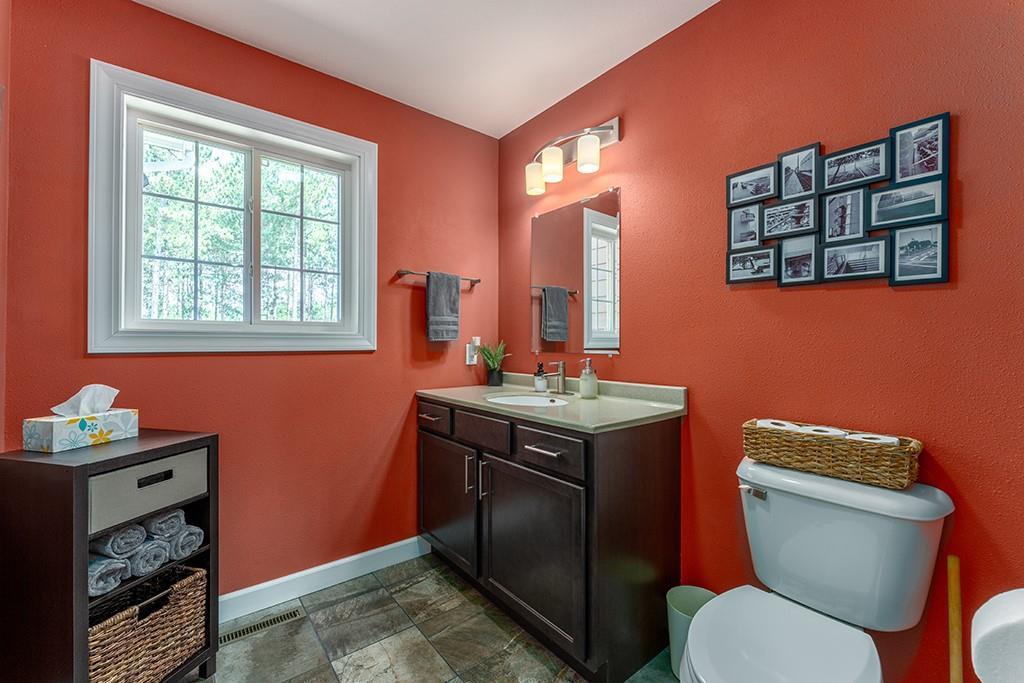 E10520 Pine Road Property Photo 18
