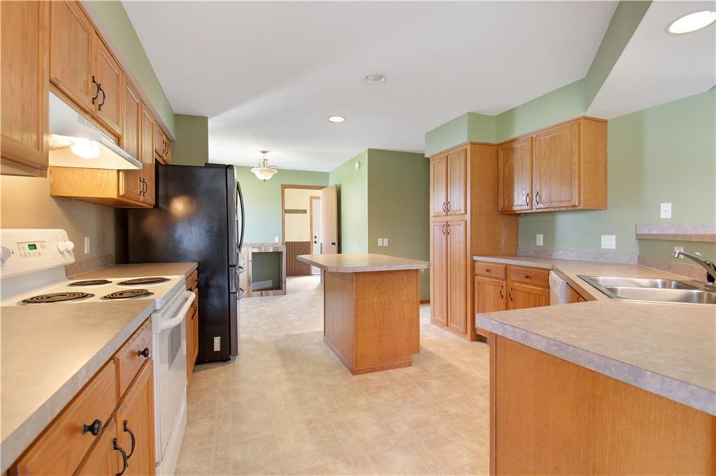925 1st Street Property Photo 8