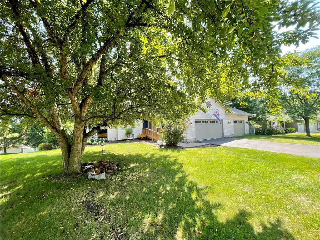 1227 Edgewood Drive Property Photo