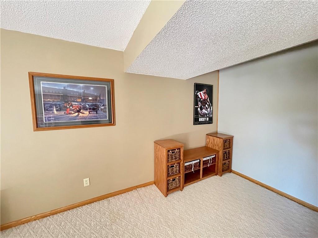 1227 Edgewood Drive Property Photo 28