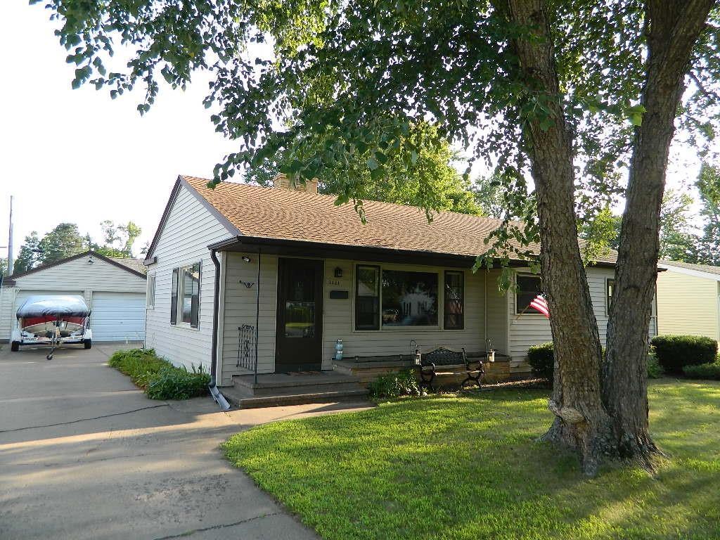 1721 Benton Avenue Property Photo 1