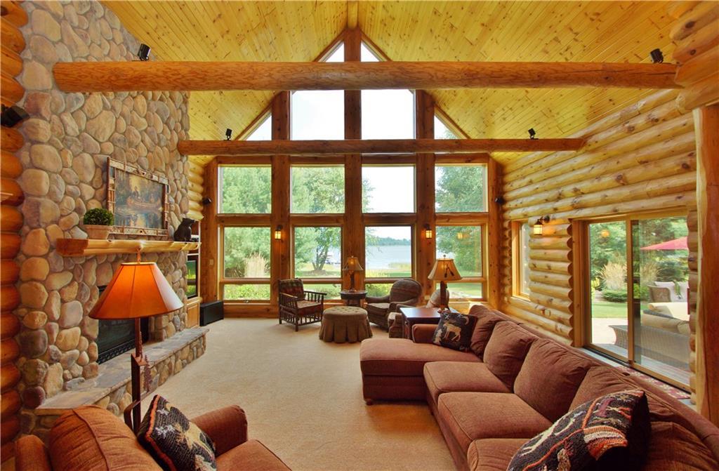 309 S Lake Drive Property Photo 4