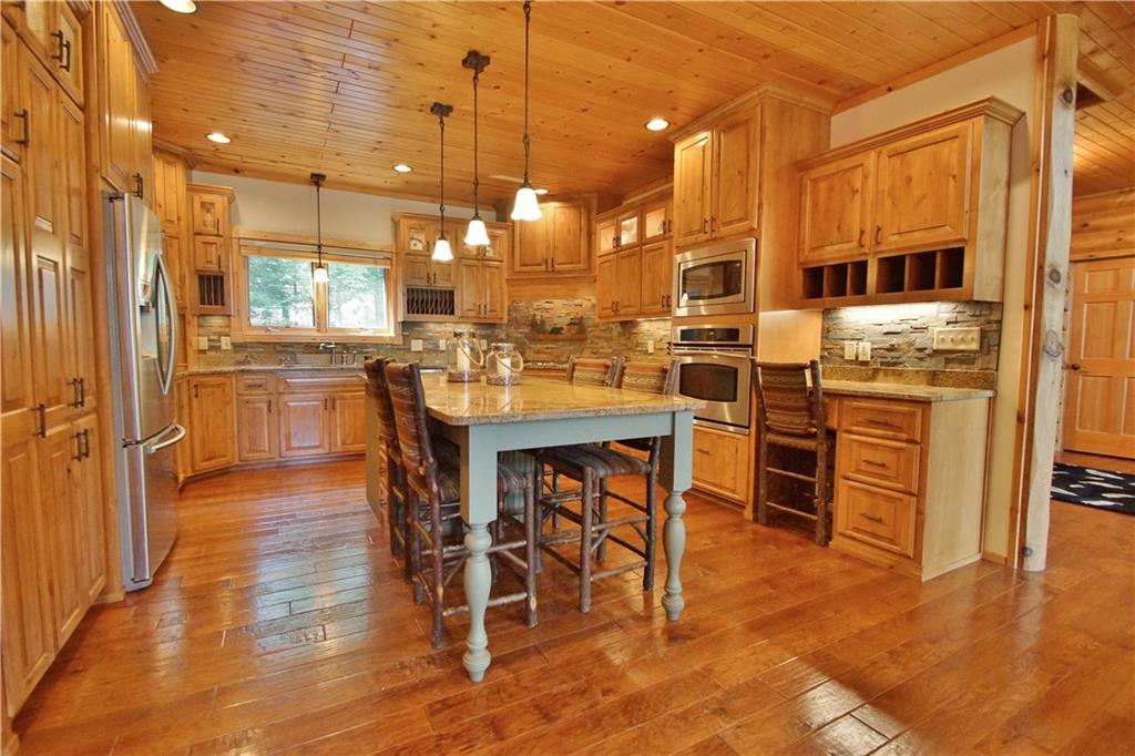 309 S Lake Drive Property Photo 5