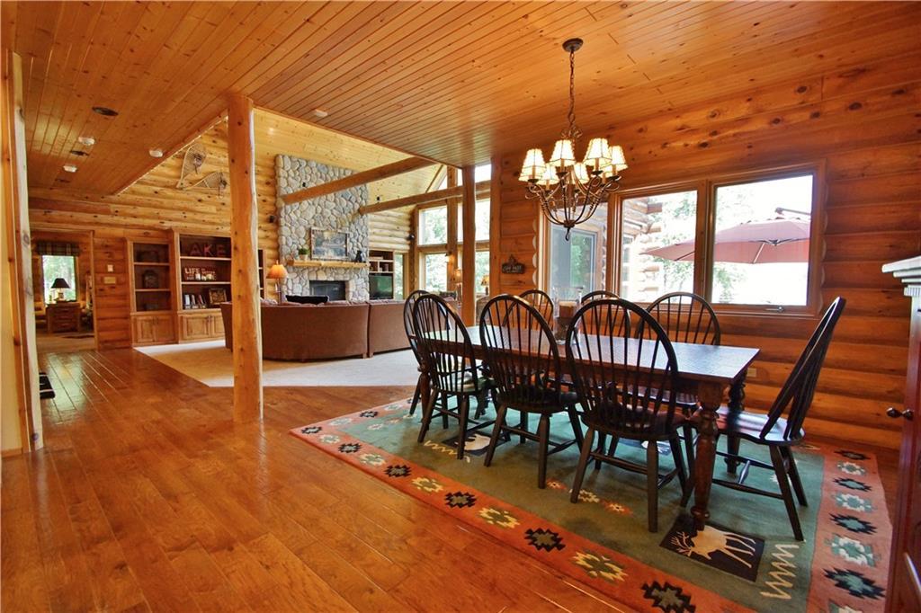 309 S Lake Drive Property Photo 6