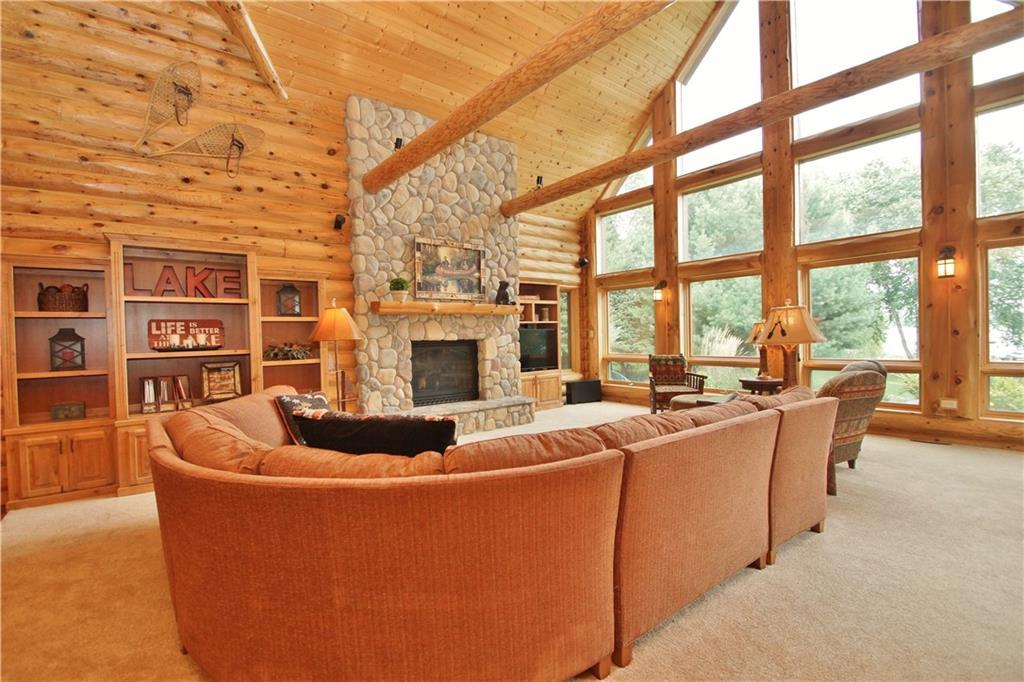 309 S Lake Drive Property Photo 9