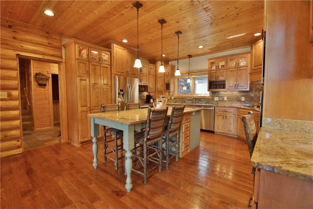309 S Lake Drive Property Photo 10
