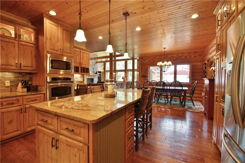 309 S Lake Drive Property Photo 12