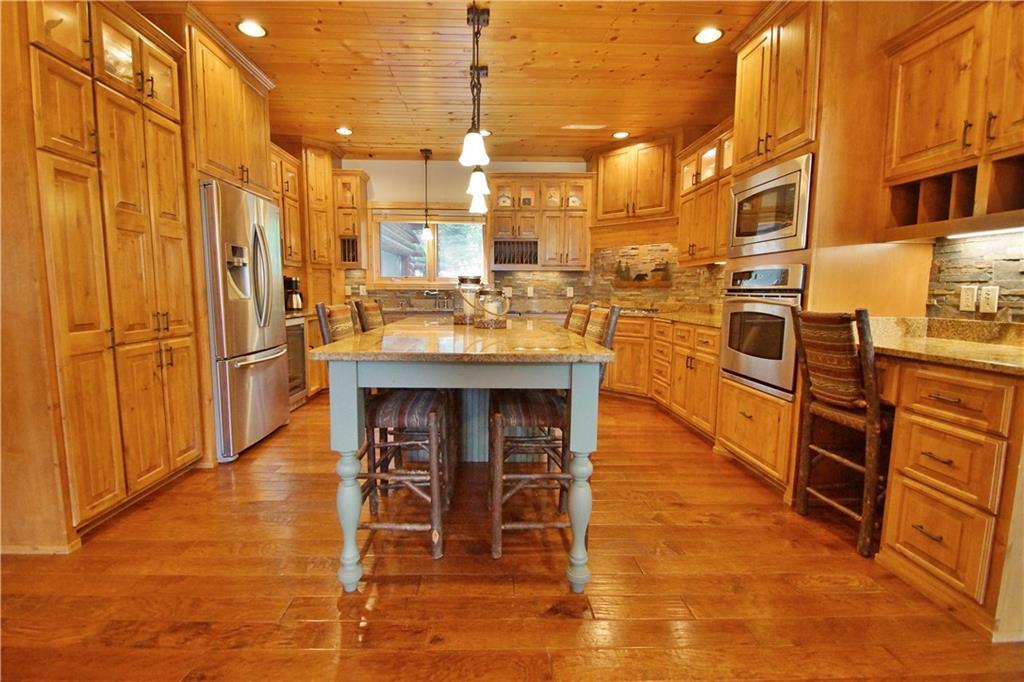 309 S Lake Drive Property Photo 13