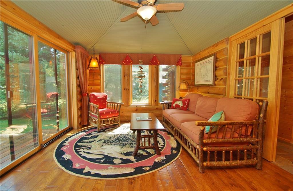 309 S Lake Drive Property Photo 15