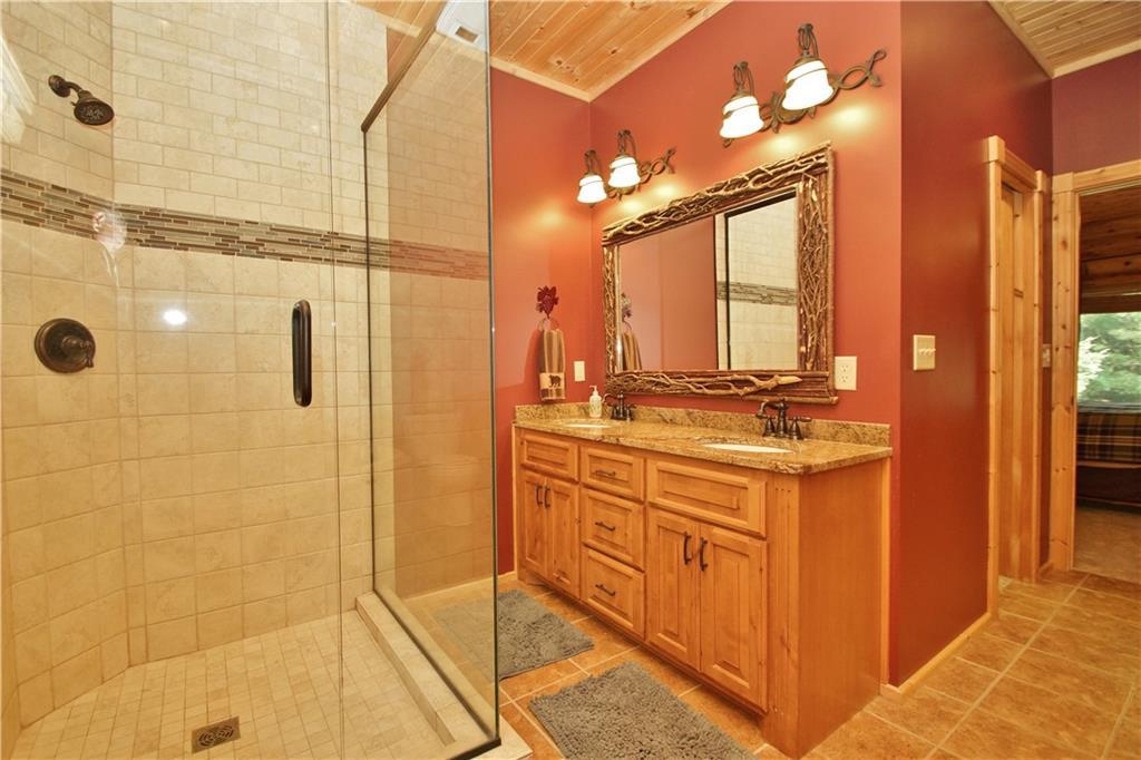 309 S Lake Drive Property Photo 20