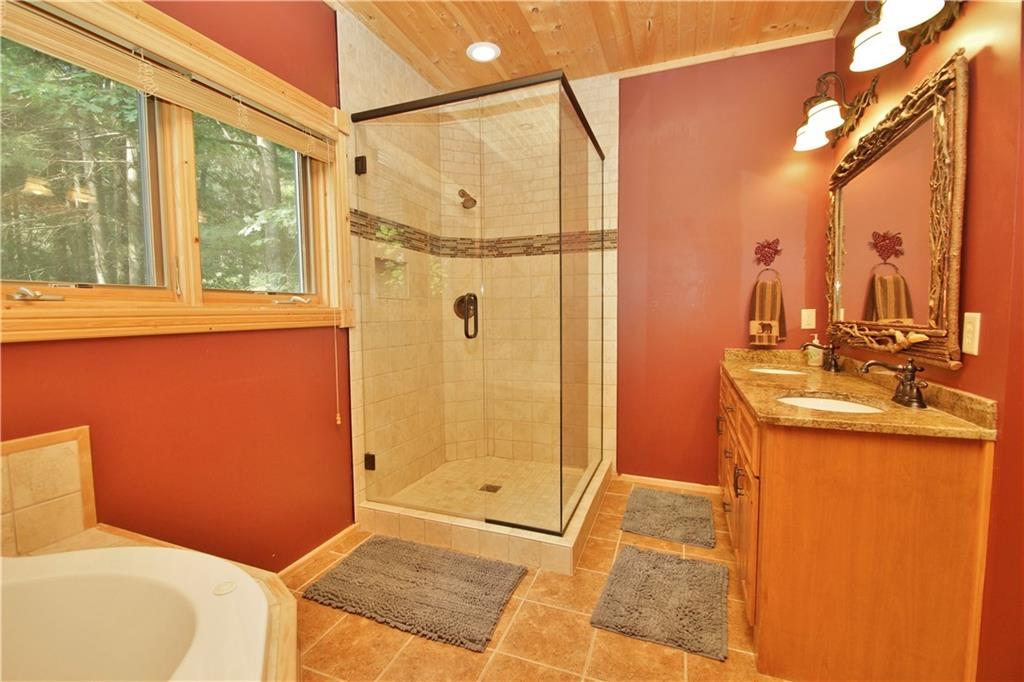309 S Lake Drive Property Photo 21
