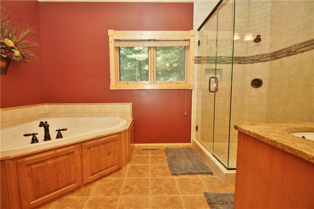 309 S Lake Drive Property Photo 22