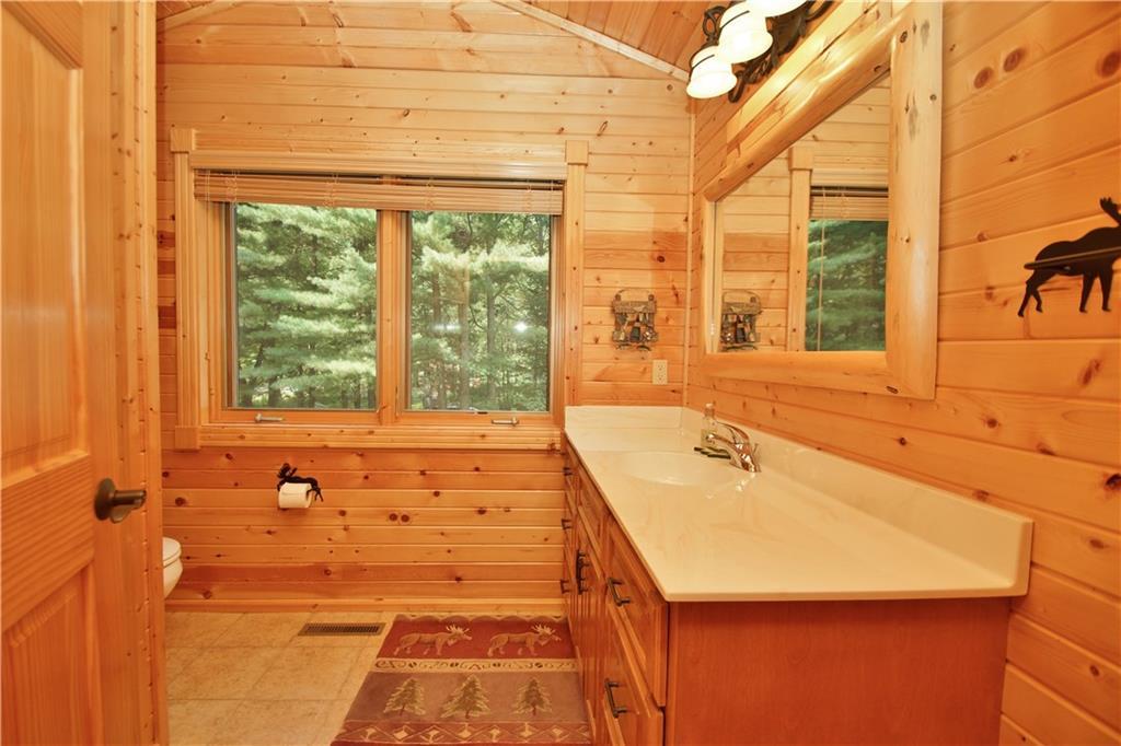 309 S Lake Drive Property Photo 32