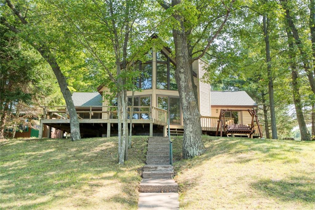 1331 E Lake Drive Property Photo
