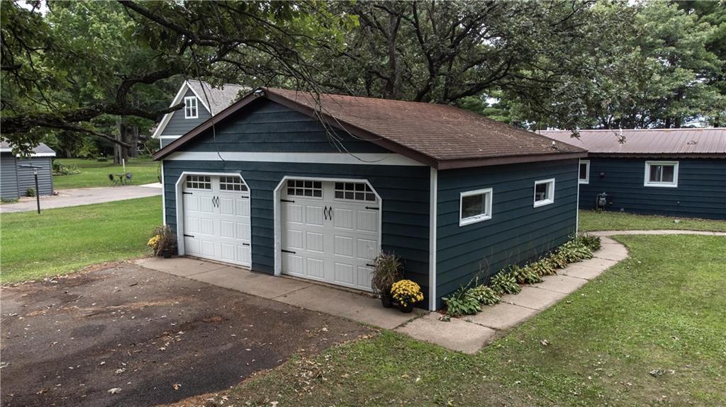 E5987 800th Avenue Property Photo 6
