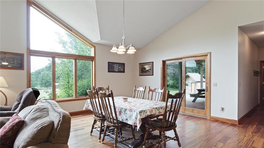 E5095 810th Avenue Property Photo 18