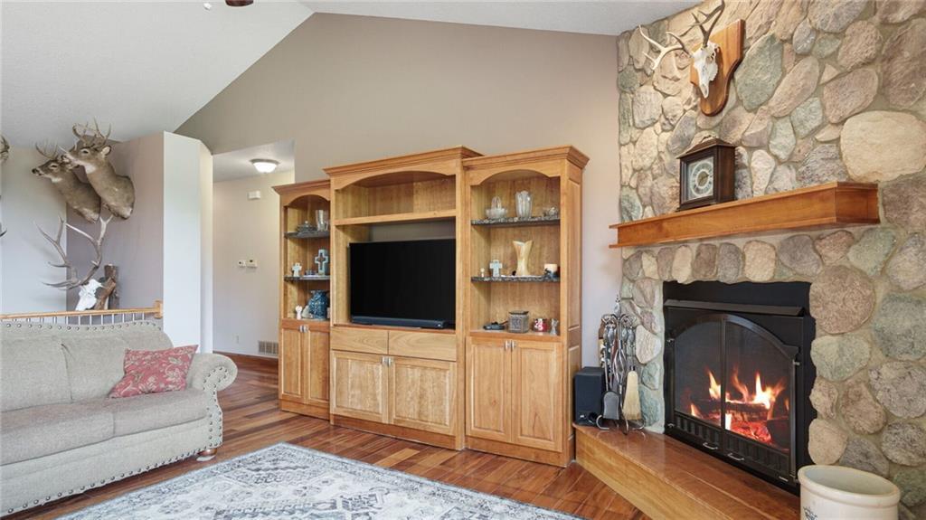 E5095 810th Avenue Property Photo 20