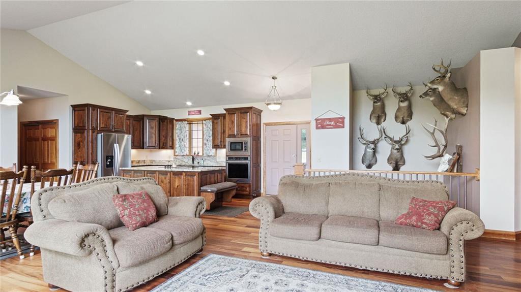 E5095 810th Avenue Property Photo 21