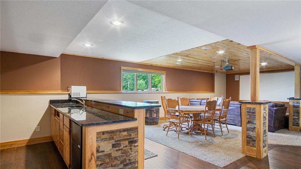 E5095 810th Avenue Property Photo 31