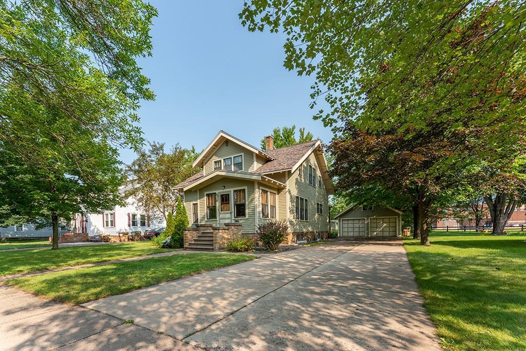 606 Mansfield Street Property Photo 4