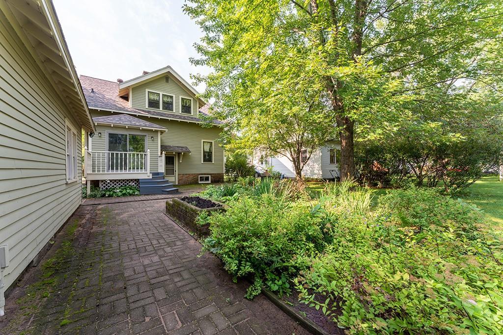 606 Mansfield Street Property Photo 11