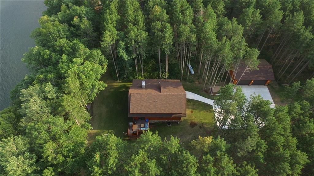 27934 Pine Cone Lane Property Photo 5
