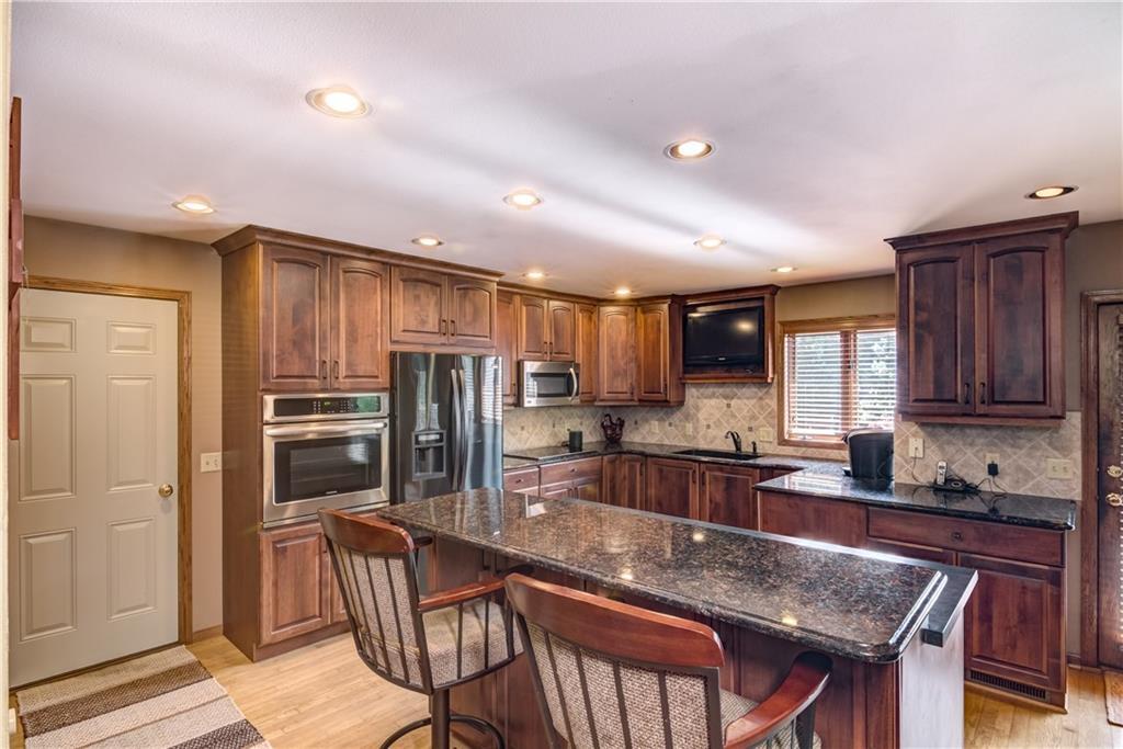 1820 Pine Avenue E Property Photo 6